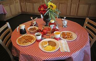 Hot Breakfast at Wytheville Hotel